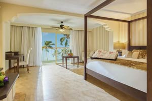 Colonial Club Junior Suite Ocean View with Jacuzzi - Hotel Majestic Colonial Punta Cana